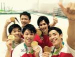 体操団体金メダル獲得!