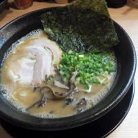 九州とんこつらーめん ひらさわ@水道橋 濃厚な九州系豚骨(醤油)ラーメン!