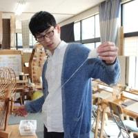 二人で仲良く手織り体験をしました
