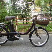 簡単操作の軽量電動自転車・・・