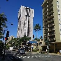 日本時間でハワイの生活をしようとすると…。
