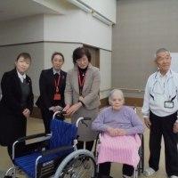 車椅子の寄贈がありました