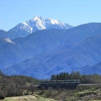 今、小淵沢(こぶちさわ)で見える風景です。/ 山梨県北杜市