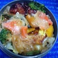 06/26月曜日の弁当は・・・彩り野菜の照り焼きチキンっ!><