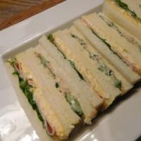たまごとツナのサンドイッチ