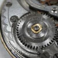 手巻き懐中時計の修理(4)
