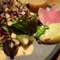 『RAMO FRUTAS CAFE・ラモ フルータス カフェ』(日産 GINZA PLACE)
