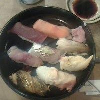 昨日は「小梅寿司」を食べました!!