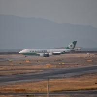 間に合った‼️初見❣️ エバー航空 cargo    ボーイング 747-45E(BDSF) 到着遅延で見る事が出来た。ラッキー🤞