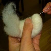 羊毛で干支つくり