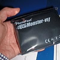 JMicron新チップのSSDが初登場、128GBで6万円