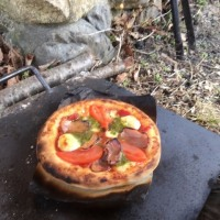 てづくりピザをいただきます!