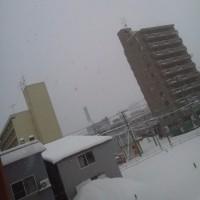 2017/3/24 午前6時半前札幌の空模様   昨日1日で冬に逆戻り(゚д゚)!