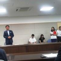山口佐賀県知事に「佐賀空港へのオスプレイ配備を求める要望書」を手渡し(h28.9.7)2/2 ~知事回答など~
