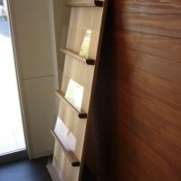 木製パンフレットラック サイズオーダー