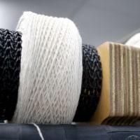 今日は学校用の撚糸作業でした。