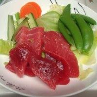 新鮮な野菜が多い食卓です。