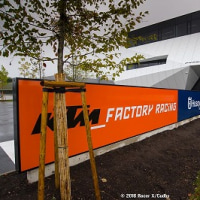 KTMレーシングチームの本陣