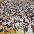 高齢者ら1600人の大群集劇    スーパーアリーナ