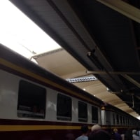 フゥァランポン駅 到着