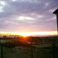五頭連峰から朝陽が
