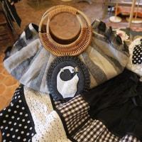 スワン刺繍のワッペンブローチ