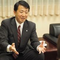 村上春樹さん、南京大虐殺なんて、できませんよ。