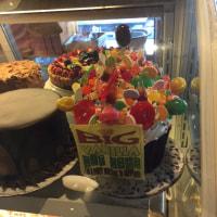 BIG CUP CAKE��in Malibu