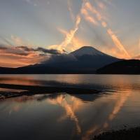 何だかすごい夕焼け~山中湖