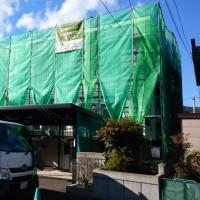 塗装工事(足場組立完了) 札幌市 南区石山 H邸