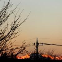 山が燃えるような日の入り
