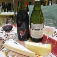 南フランスの降り注ぐ太陽光の下で楽しむつもりで、南仏ワインを試飲にお出かけください♪チーズも入荷しました!