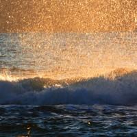 『夕景』 波のカーテン