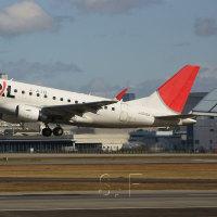 2016年12月6日 伊丹空港  伊丹スカイパーク ジェイ・エア     ERJ-170/175