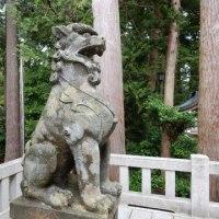 弥彦神社…。