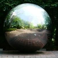 No.3896  謎の球体