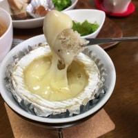 丸ごとカマンベールチーズフォンデュランチ ほか