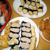 握り寿司、稲荷寿司