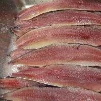 12月最初の土曜日!刺身のオススメは小樽「天然ヒラメ」・根室「サンマ」&自家製「生ら(なまら)〆サンマ」!!発寒かねしげ鮮魚店の魚屋しげ。