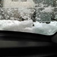天気予報は雨、今は雪