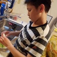 サラダ作り