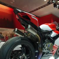 究極のスーパーバイクDucati 1299 Superleggera