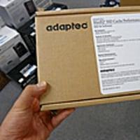 SSDをキャッシュとして使うHDD高速化キット発売、Adaptec製で約15万円