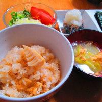 中華おこわ、焼き卵サンド、筍ご飯、ピッツァ・ディアボラ