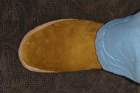 ① 1センチ大きい靴型を使用したのですが、実際に仕上がったものは3.5㎝くらい大きかった。 足先の余裕を1.5㎝として、靴型を2㎝くらい小さくしなくてはと思っ
