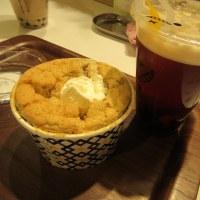紅茶シフォンと泡茶