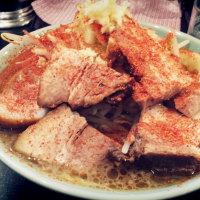 綺麗な二郎系は、らぁめん大山の紅富士大麺豚W