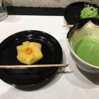 鶴屋吉信の上生菓子、又食べて来ました(^∇^)