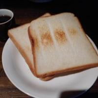 「KABO(カーボ)」、青葉区一番町のジャズバーでキッシュの朝食