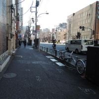 東京、徒歩でトボトボ